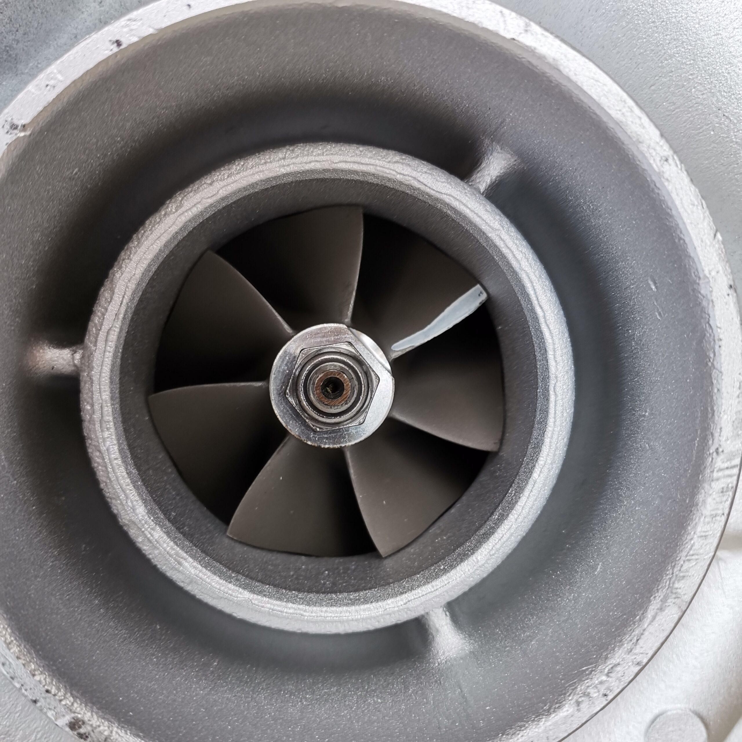 Турбокомпрессор Volvo F10 после реставрации и балансировки