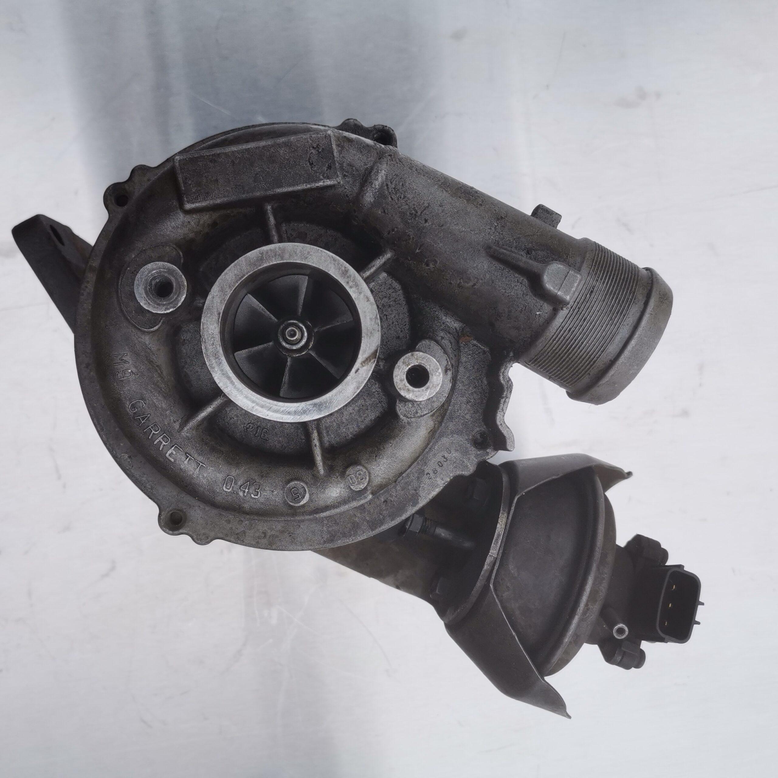 Фото турбокомпрессора Ford Mondeo 2.0 tdci до ремонта