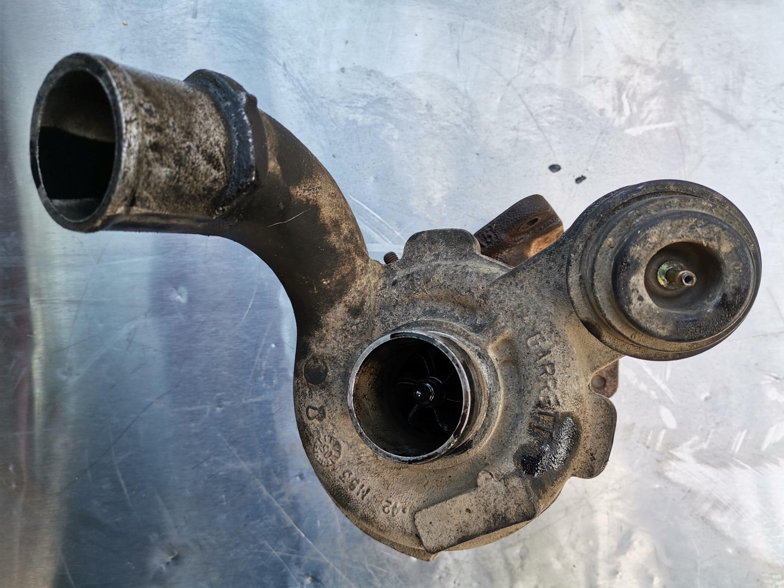 Неисправная турбина Opel Vivaro 1.9 tdi